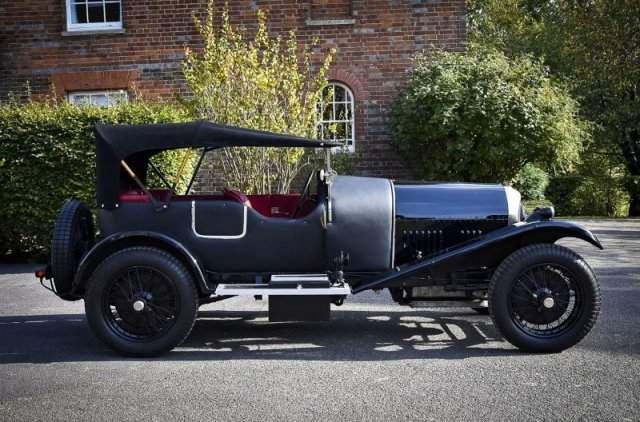 Bentley 3-Litre 1924 вид сбоку